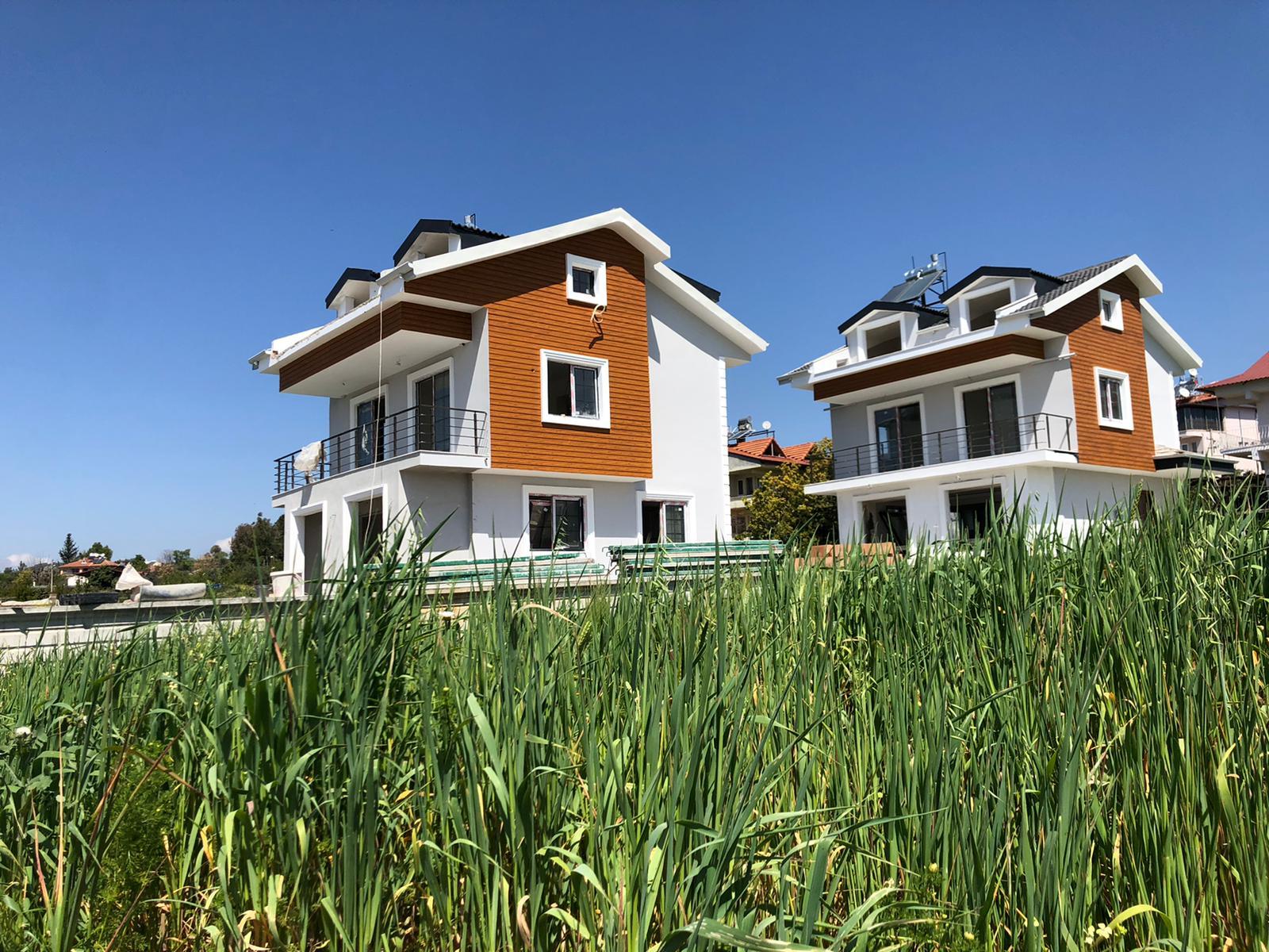 Çiftlikte 4+1 Tripleks Müstakil Havuzlu Villa